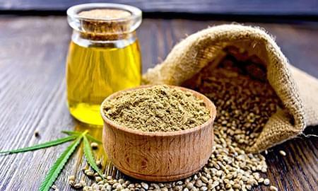 Huile d'olive infusée au cannabis