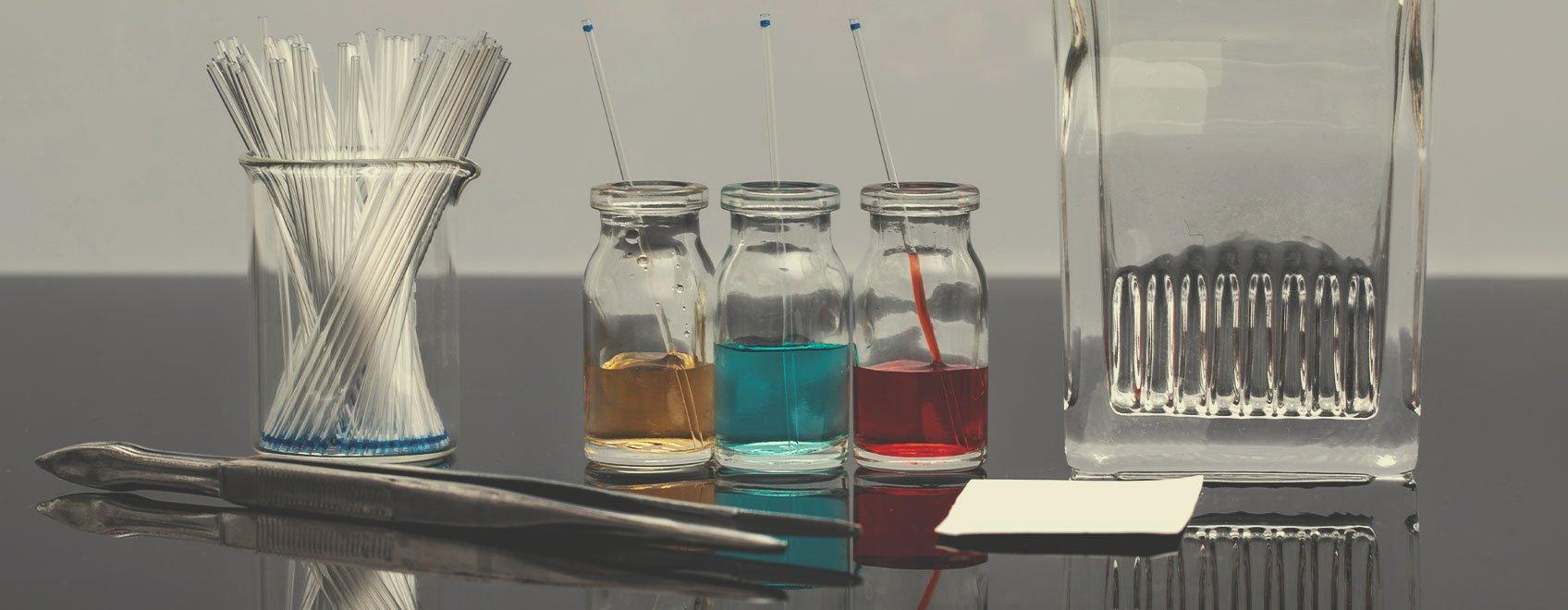 Kits de tests par chromatographie sur couche mince (CCM)