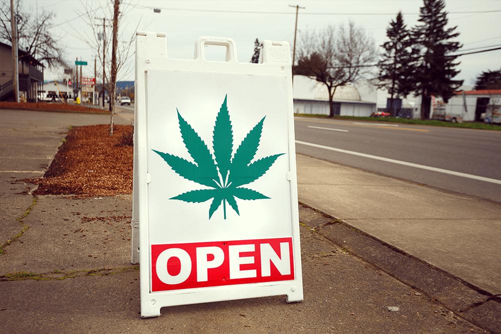 Joshua Rainey Shutterstock Cannabis Légalisation USA California State Légaliser la marijuana médicale gouvernement fédéral Cannabis Golden State Miroir vert
