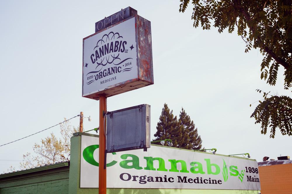 Marijuana médicale juridique cannabis expansion loi légalisation