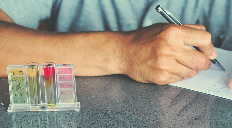 Kits de test par chartre colorimétrique